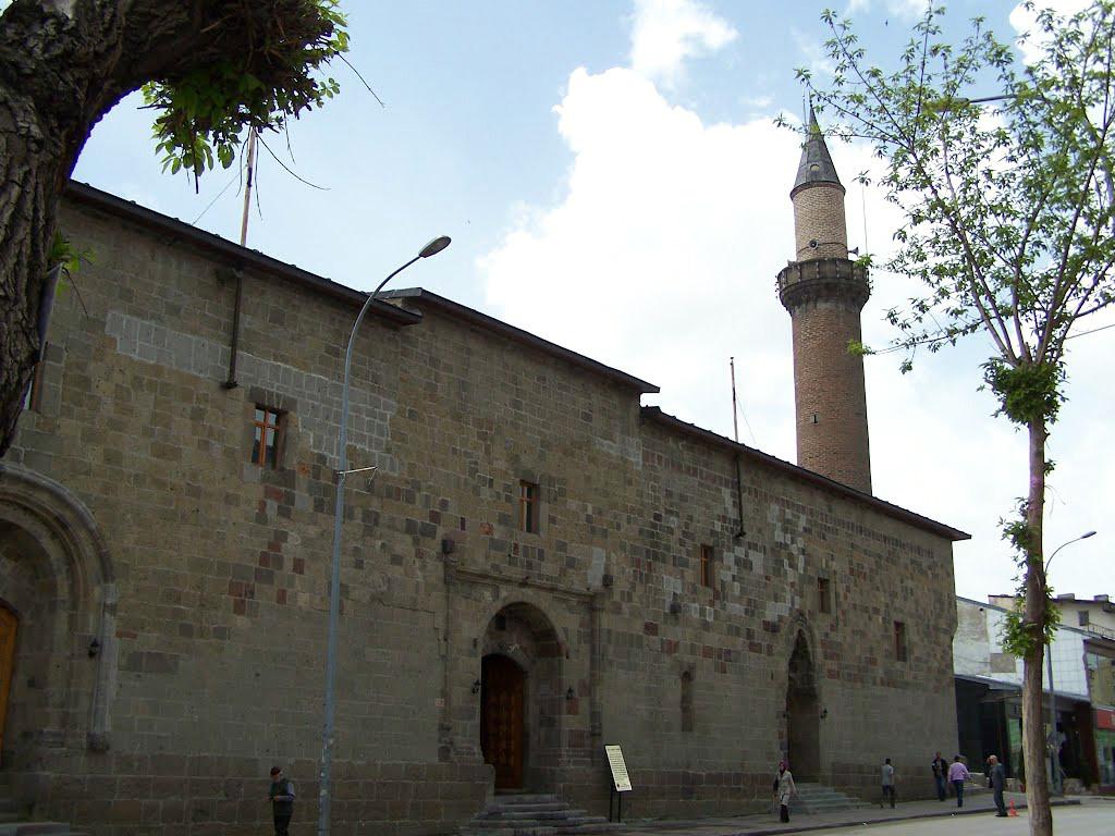 turkiyenin en guzel tarihi camileri ve mimarlari 19
