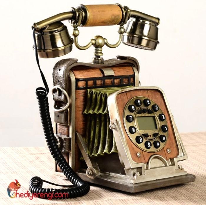 nostaljik-fotograf-makinasi-gercek-telefon-1